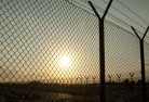 Arakoon Barbed wire fencing 2