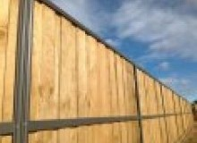 Kwikfynd Lap and Cap Timber Fencing arakoon
