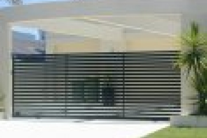 Pool Fencing Balustrades and Railings 720 480